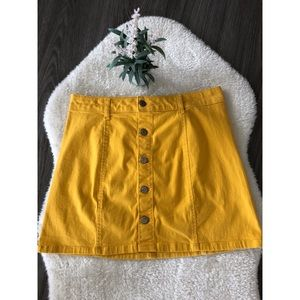 Celebrity Pink Yellow Button Up Skirt size 7